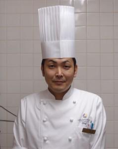 オークラ秋吉氏